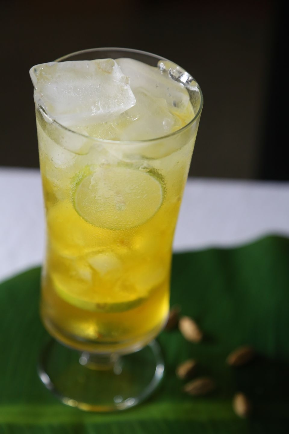 Shahi Kesari Limbo Soda: Limeade with Saffron and Cardamom