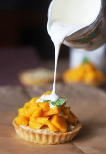 Mango and cashew tart