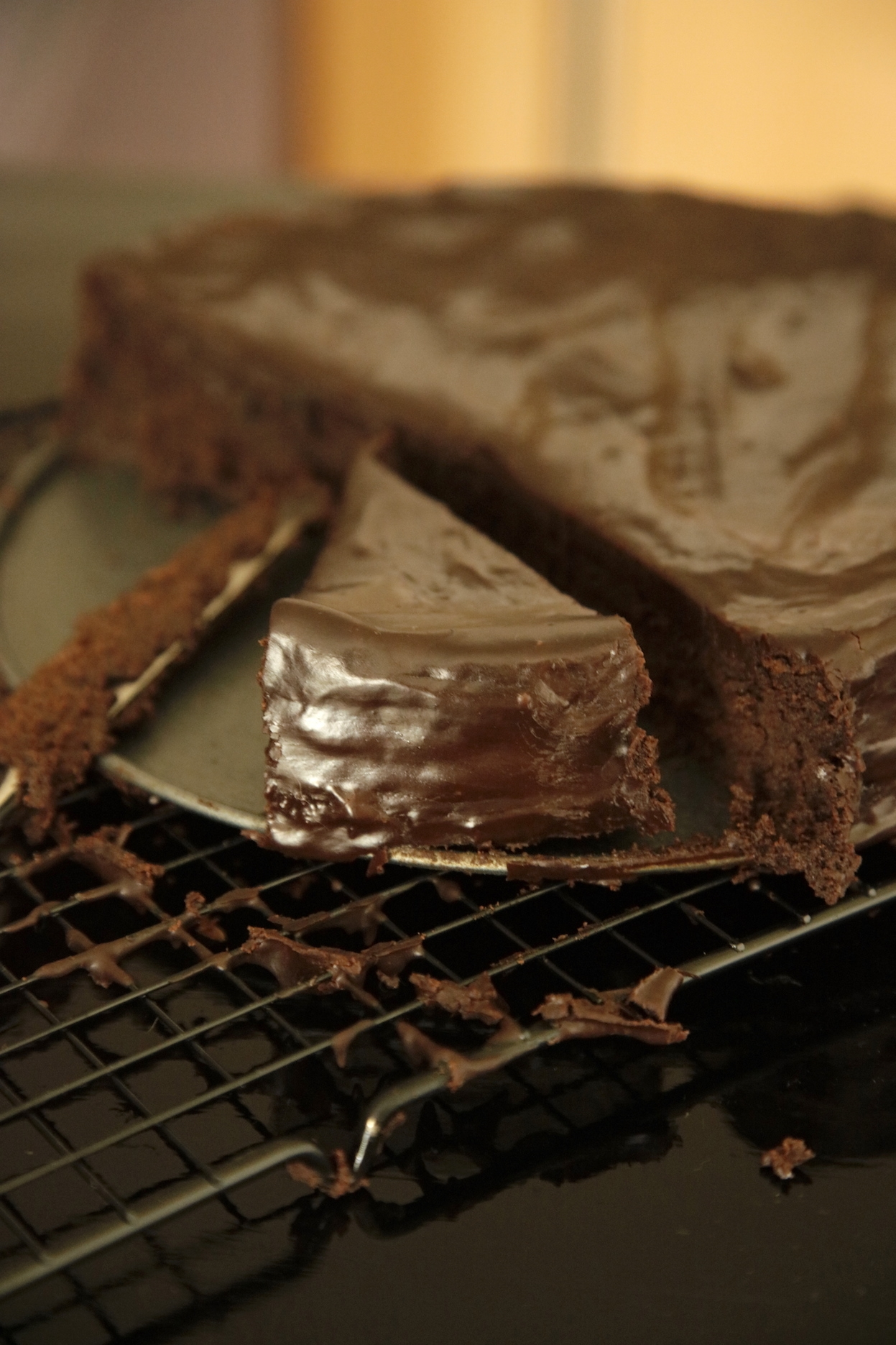 CHOCOLATE DARK RUM MOUSSE CAKE