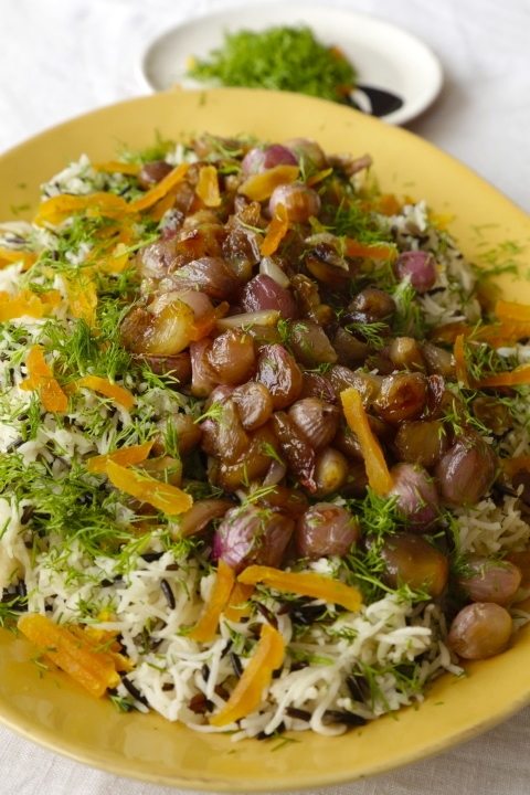 WILD RICE PILAF WITH CARAMELIZED ONIONS, APRICOTS AND FRESH DILL